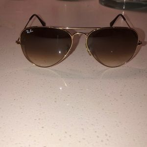 Used Ray-Ban aviator sun glasses